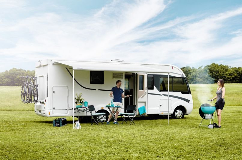 Omnistor 5200 Wind Out Awning | Southdowns Motorhome Centre
